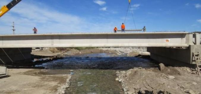 La autopista a Nogolí cuenta con un 80% de avance