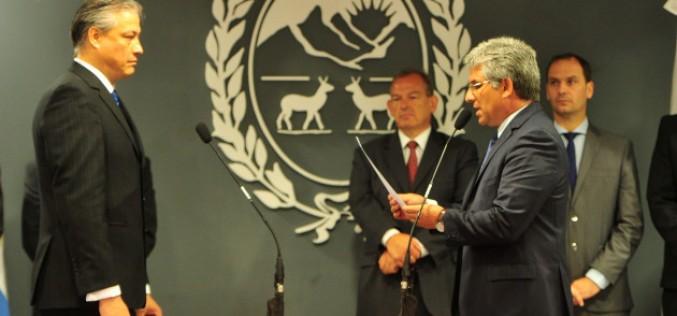 Poggi puso en funciones al ministro del Campo, Gonzalo Amondaraín