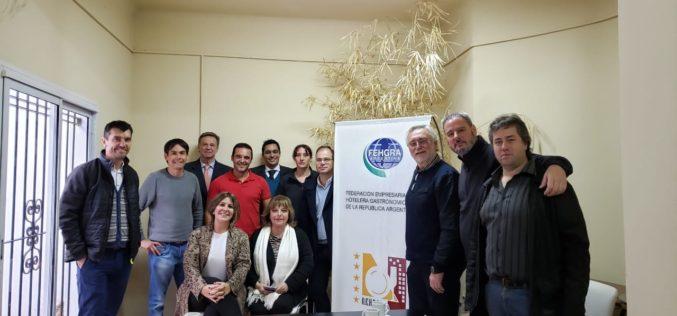Fortalecimiento y desarrollo turístico fueron algunos de los temas de la reunión con la Comisión Directiva de FEHGRA